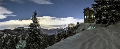 Rifugio Pernici in winter
