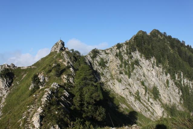 HIKING PROGRAM - THE GATE TO VAL GIUDICARIE